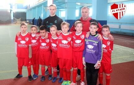 QUEENTILE - официальный спонсор детского футбольного клуба KVADR